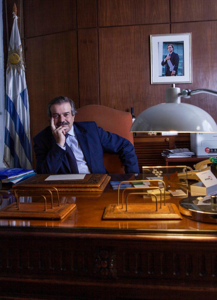 Ministro Uriarte habla sobre forestación en Uruguay